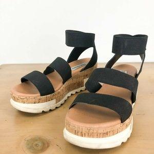 STEVE MADDEN Bandi Platform Wedge Sandal 6M